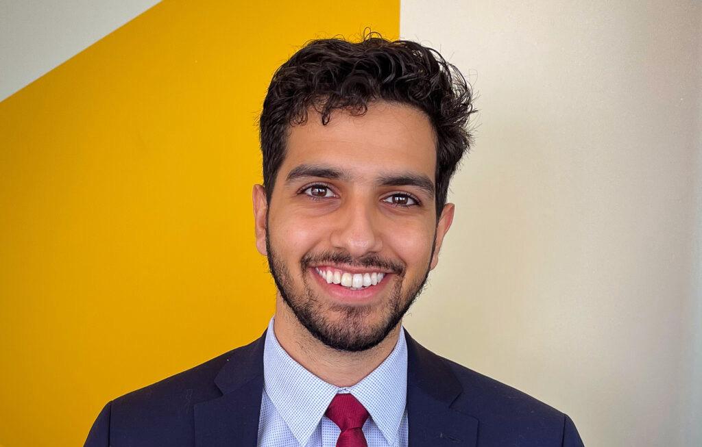 Mohsin Mirza headshot